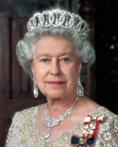 Elizabeth 2 portrait