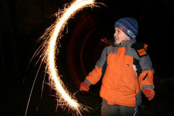 bonfire-night-sparkler